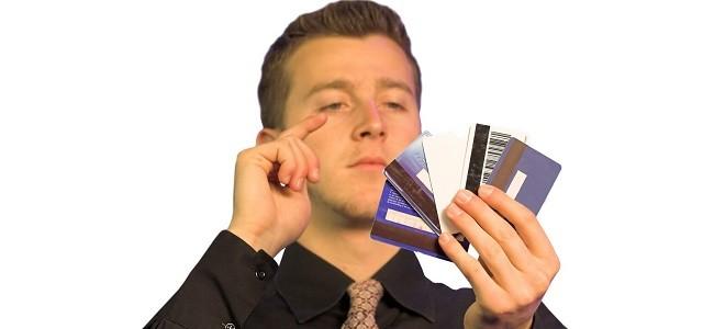 Зарплатная карта - это дебетовая карта или кредитная