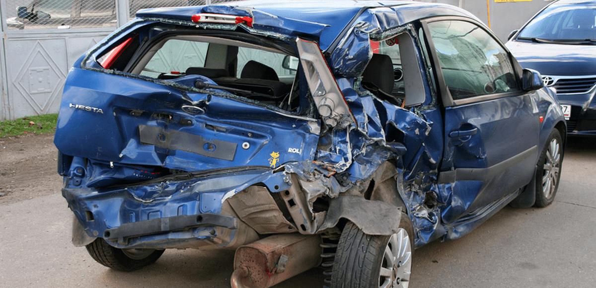 по КАСКО страховая компенсирует разбитую машину