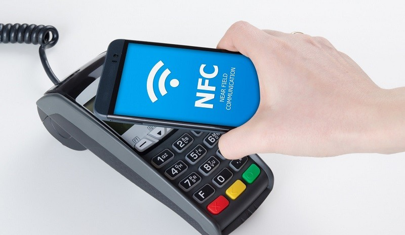 привязка карты к телефону NFC